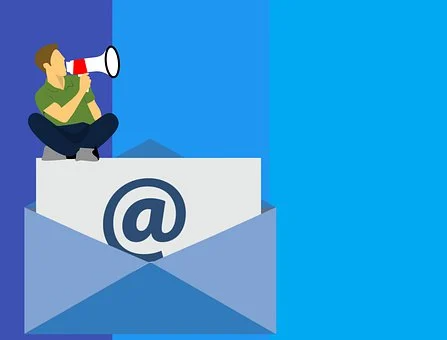 how to create an email distribution list